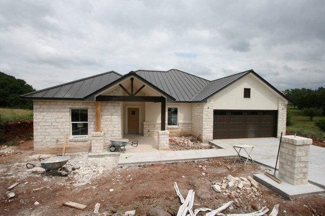 620 Broken Hills Horseshoe Bay, TX 78657